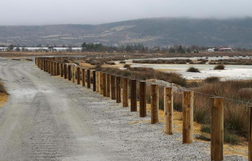 Plajlara Araç Girişine Çitli Duvar Kazıklı Önlem